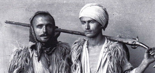 Deux jeunes combattants de Shala